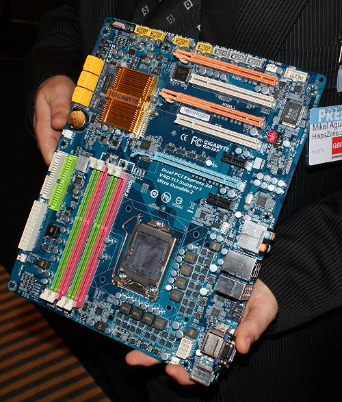 Gigabyte nos muestra su prototipo de placa P55.